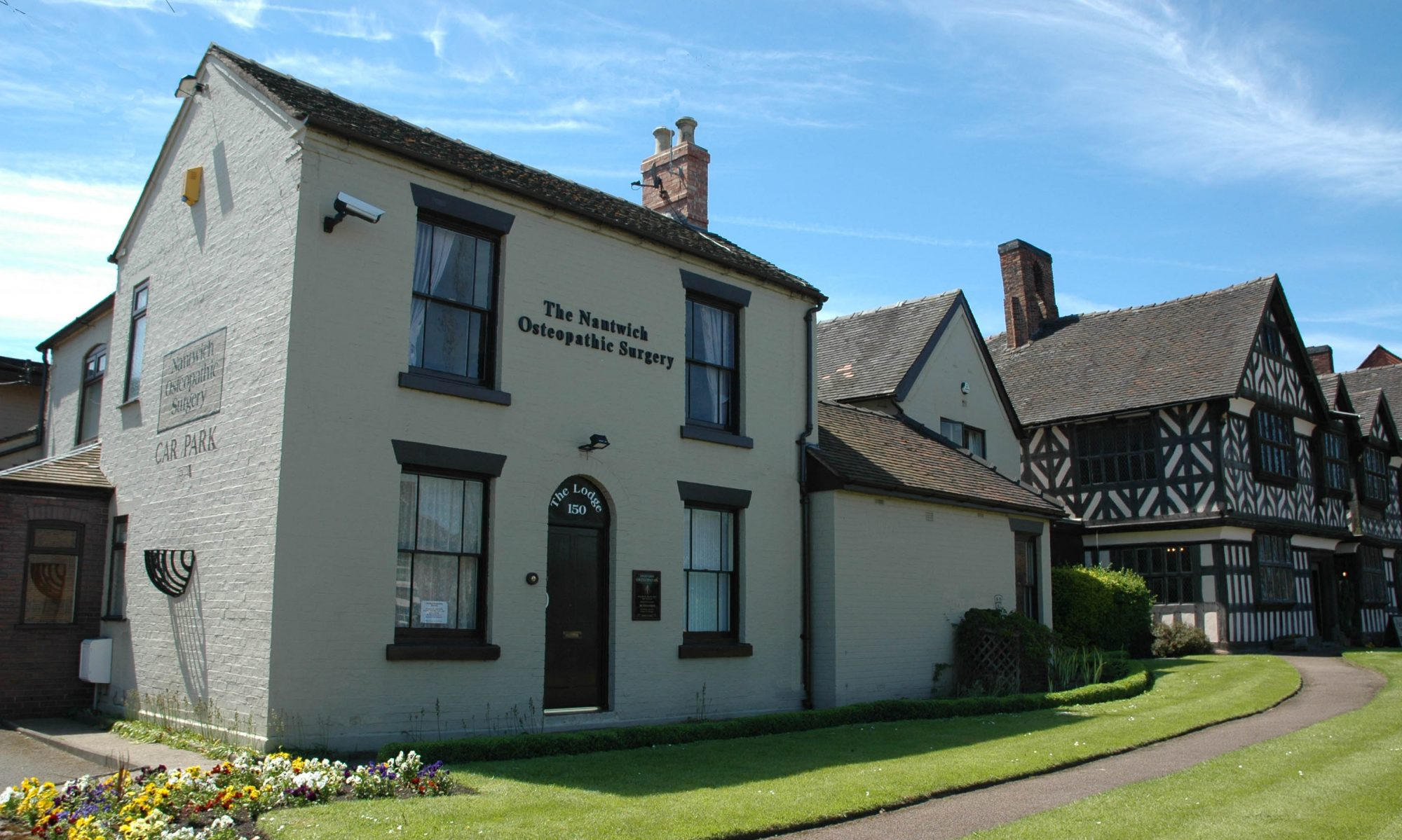 Nantwich Osteopaths and Physiotherapy Surgery